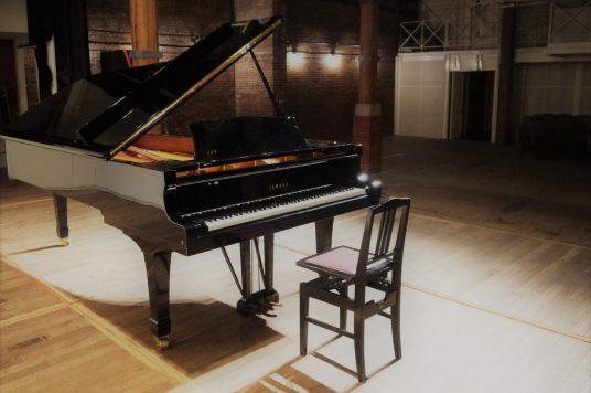 カネモリストリートピアノ 金森ホールでグランドピアノ弾いてみませんか?